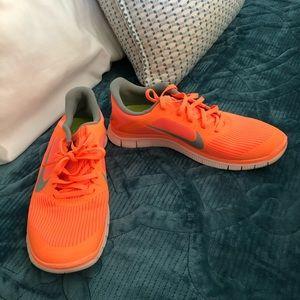 Nike Free RN running shoes women's 8.5